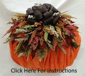 pumpkin-mesh-wreath.jpg