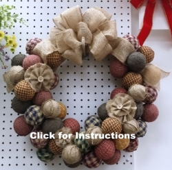 rag-ball-wreath3.jpg
