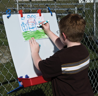 Childbrite Single Fence Easel 1