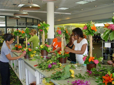 design classes flower arranging