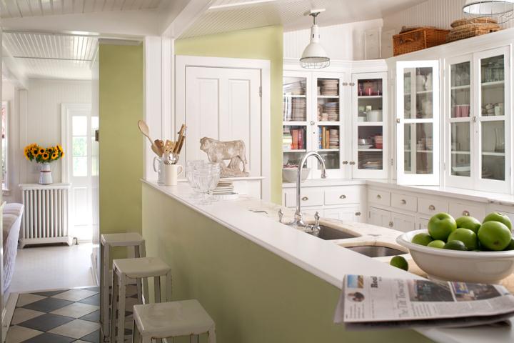 13b-kitchen-beaconhilldamaskhc2.jpg