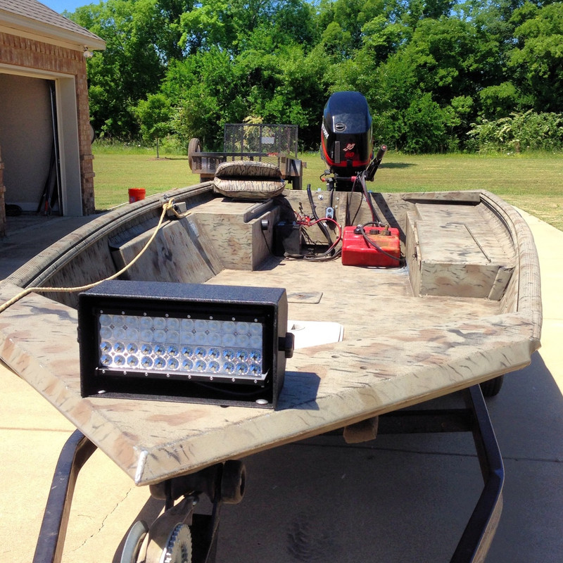 The Duck boat led light on a express excel duck boat super bright leds and all steel housing and very theft deterrent.Southern lite led duck boat light