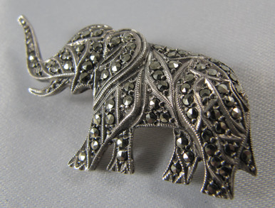 Rare Vintage Australian Lega Sterling Silver Elephant Brooch