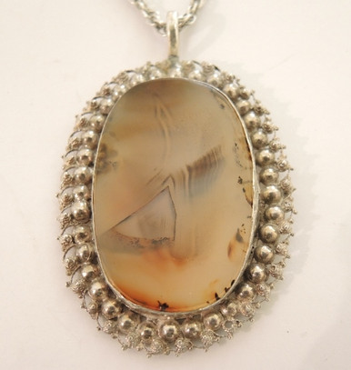 Antique Sterling Silver Filigree set Agate Pendant on Chain