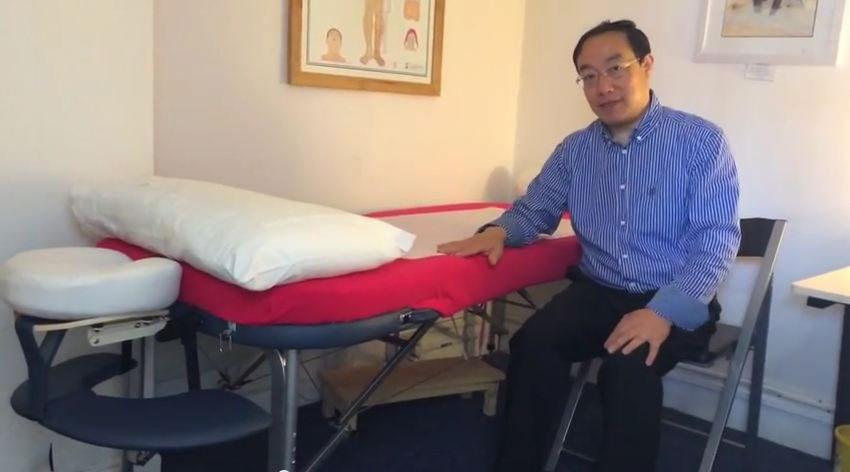 acupunture-massage-table.jpg