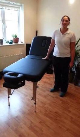 aluminium-massage-table-with-lifting-backrest.jpg