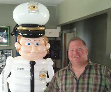 pchar-policeman-med.jpg