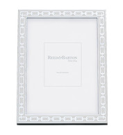 White 8 x 10 Silver Link Frame