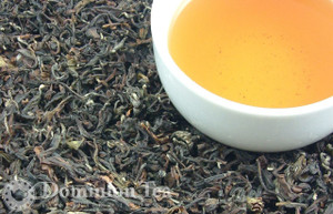 Oriental Beauty aka Champagne Oolong dry leaf and liquor.
