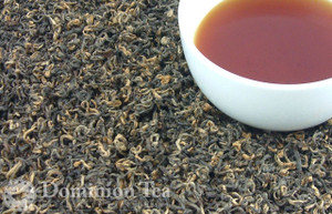 Loose Leaf Kathmandu Gold Black Tea and Liquor | Dominion Tea