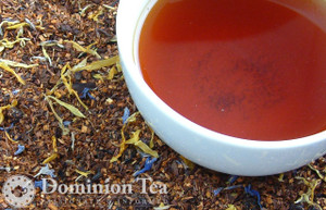 Blueberry Creme Tea Dry Leaf and Liquor