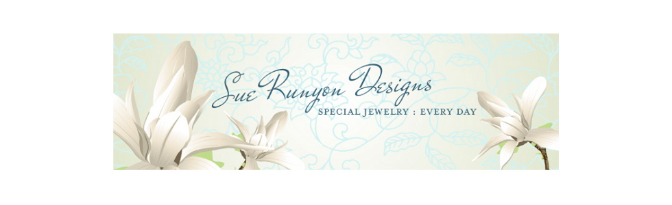 Jewelry designs in freshwater pearls and gemstone beads