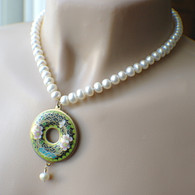 White pearl & black cloisonne donut pendant necklace with earrings