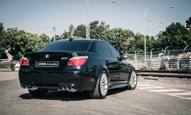 BMW E60 M5 gets an IPE exhaust and improved stance