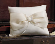 Wedding Decoration - Weddingstar Beverly Clark Duchess Ring Pillow in Ivory