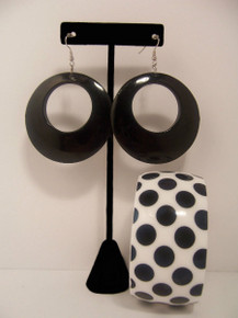 Black Fashion Earrings/Blk Dots Bracelet Set