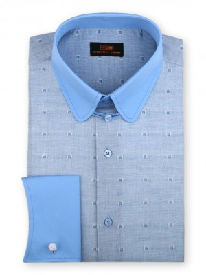 Appearing to be a solid fabric, the shirt fabric is an expertly woven blend of colors and is finished with an inspired two-color dot. A contrasting club collar tops this detailed shirt.
