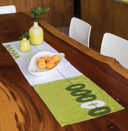linen-table-runner.jpg