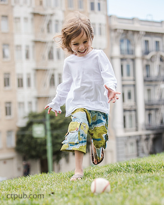 Ranger Cargo shorts & pants from Boutique Casual for Boys & Girls by Sue Kim Make, Mix, and Match: 20 stylish projects for your children's wardrobe  #ctpublishing #stashbooks #suekim #kidsewing #kcw #kidsclothes #pants #shorts #ranger #rangercargo