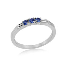 Montana Yogo Sapphire 3 Stone Band Silver Ring
