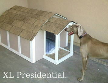 X-Large Presidential Dog House Without A/C