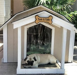 X-Large Presidential Dog House With A/C