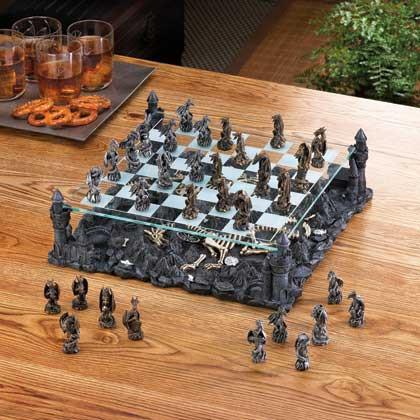 BLACK DRAGON CHESS SET