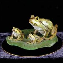Frogs Figurine on Black Base