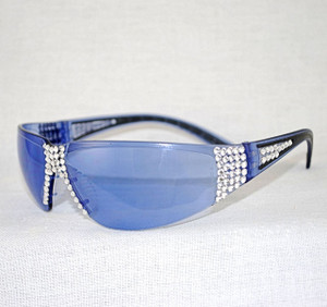 3/4 view showing beautiful bling sunglasses