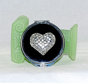 Front view of compact mirror