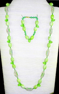 Full view of necklace set w/ bracelet