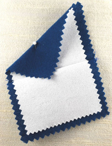 View of both polishing cloths