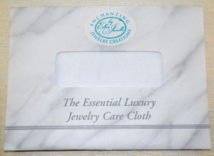 Envelope holding cloth