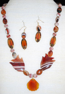View of Entire necklace set