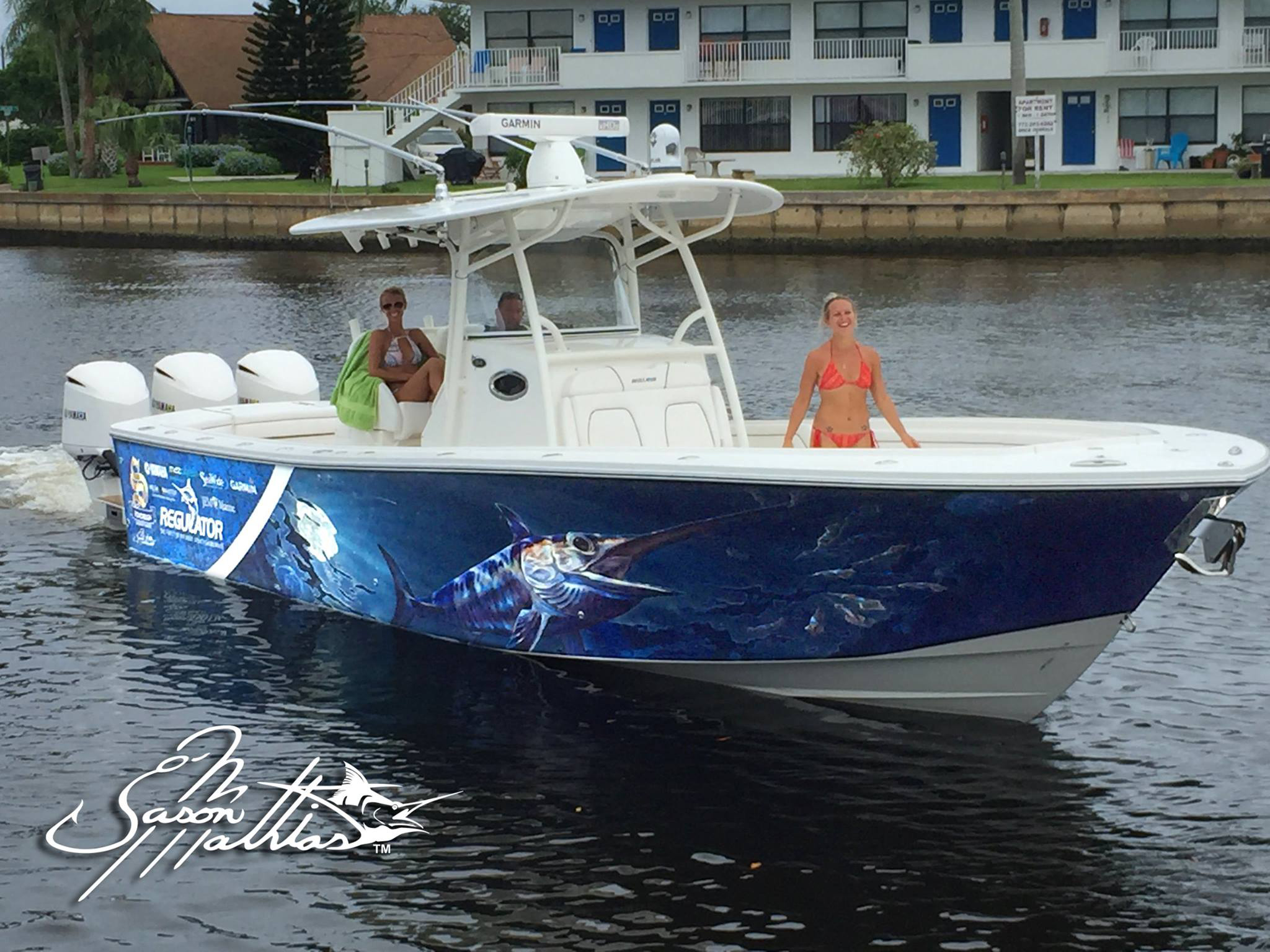 jason-mathias-boat-wrap-art-and-desing-custom-regulator-wraps.jpg