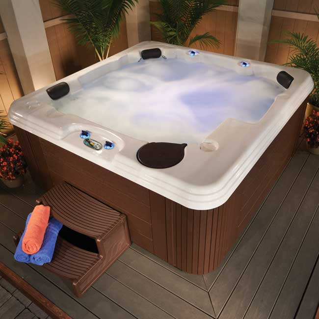 0004227-dsa44l-hot-tub.jpg