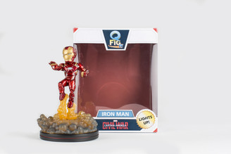 Iron Man Light-Up Q-Fig FX with Diorama