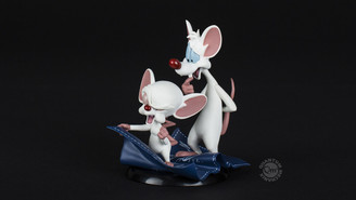 "Pinky & the Brain ""Taking Over the World"" Q-Fig Diorama"