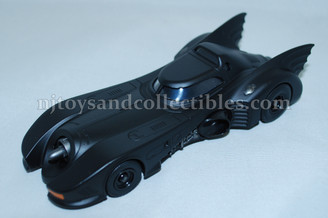 Diecast Metal Vehicle: Batmobile with Pull Back Action