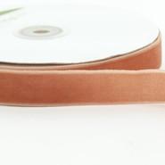 "May Arts Ribbon - Velvet Ribbon - 1 Yard - 3/4"" - Antique Gold"