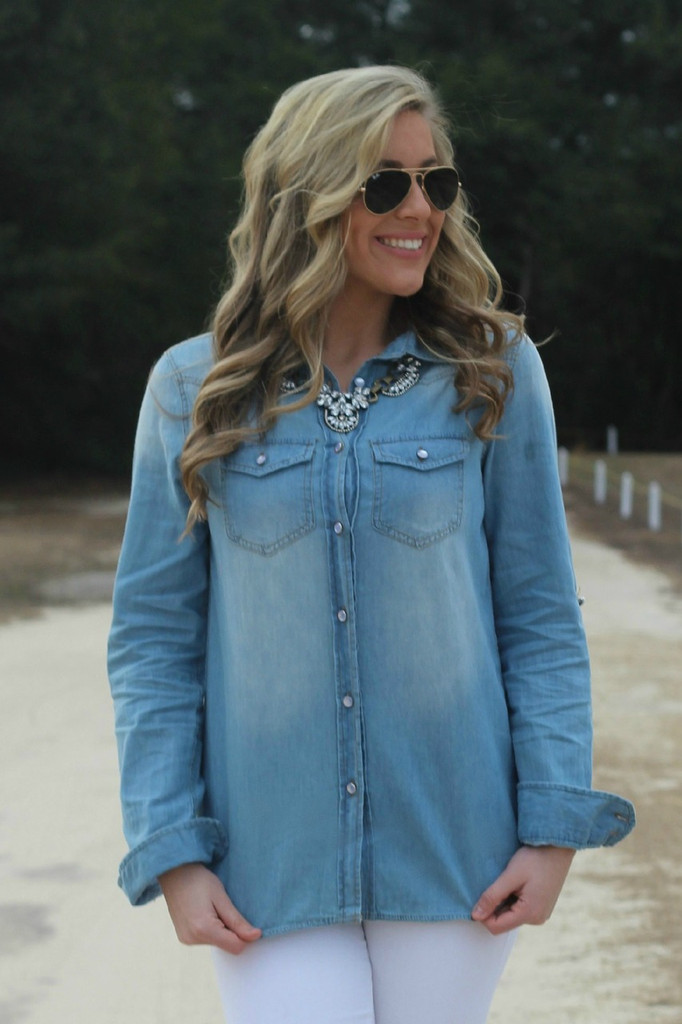 A Chambray Kind Of Day: Denim