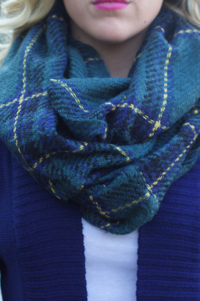All Wrapped Up Infinity Scarf: Green