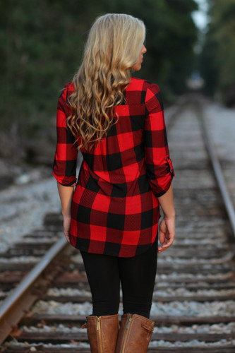 Backroad Plaid Top: Black/Red