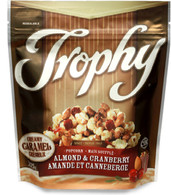 Trophy's Caramel popcorn with almond & Cranberry 225 gr.