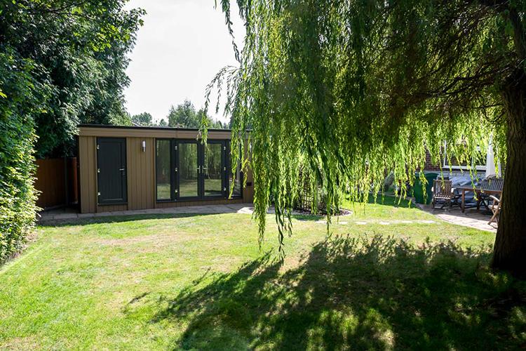 Garden Room with store in Shrewsbury