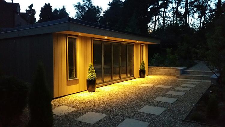 Luxury Garden Room, Leicester