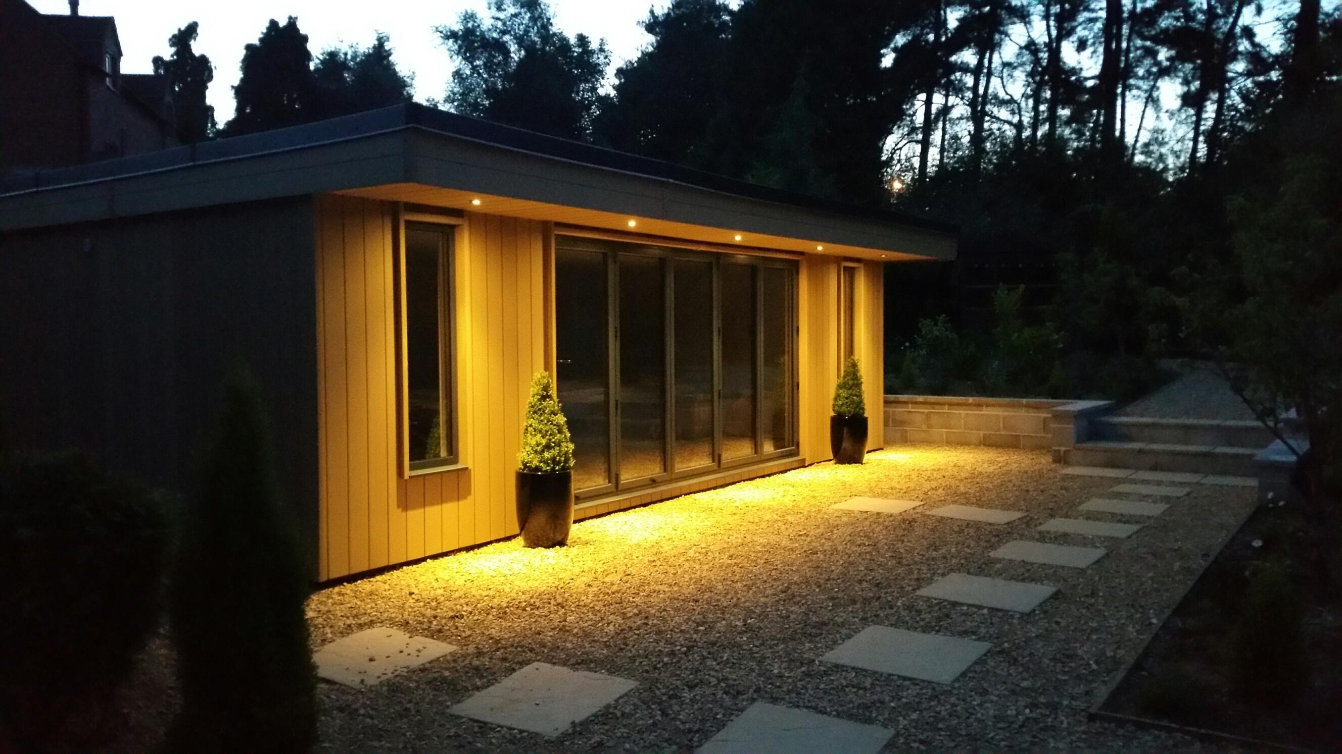 Garden room or conservatory for The garden room