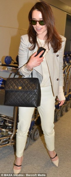 chanel kelly bag. chanel-kelly-emilia-clarke.jpg chanel kelly bag t