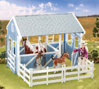 Breyer Horses Classics Country Stable with Wash Stall