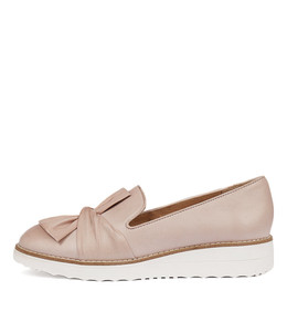 OCLEM Flatforms in Pale Pink Leather